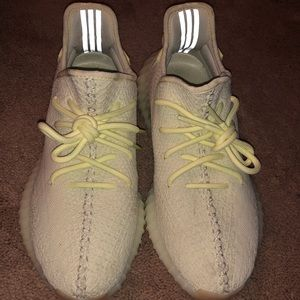 Yeezy Shoes - 💯 % Authentic Adidas Yeezy Sneakers